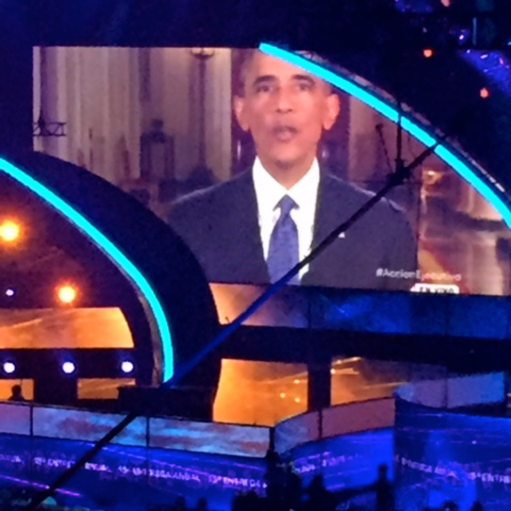 The performance was delayed by 15 minutes so the President could speak about immigration